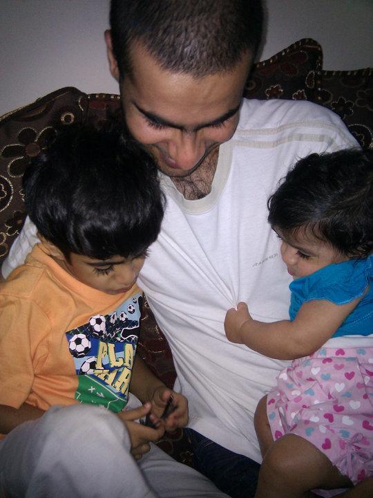علي عبد الإمام مع أولاده