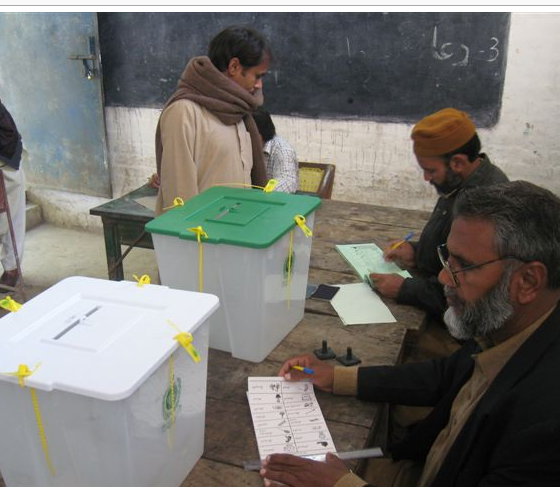 Polling place in Lahore, Pakistan, 2008. Photo by boellstiftung. (CC BY-SA 2.0)
