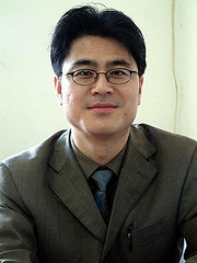 Recently freed Chinese journalist Shi Tao. Image via Flickr user boeke, CC BY-NC-SA 2.0