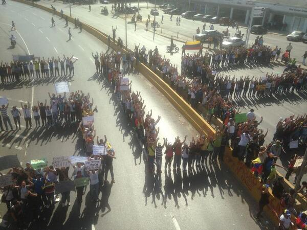 Protest in Venezuela. Photo by Gabriel Bastidas (@Gbastidas) via Twitter.