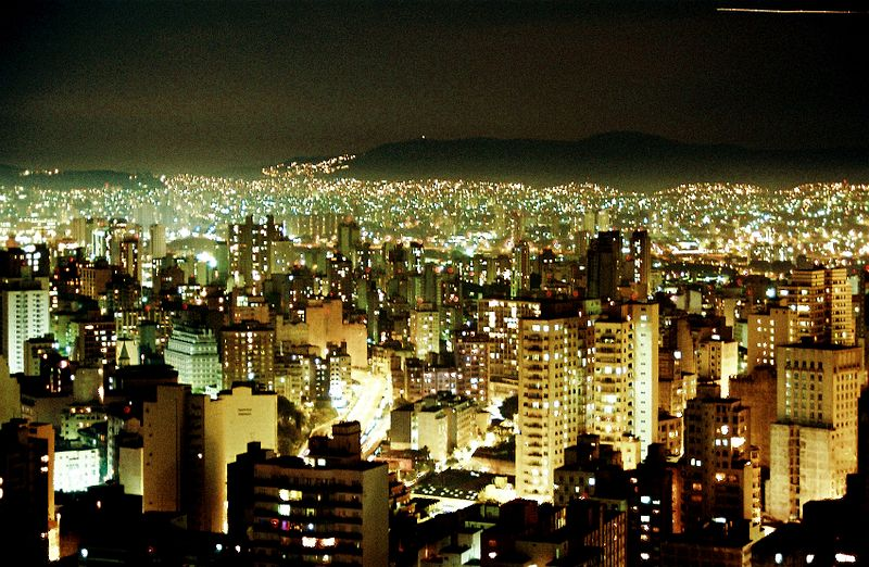 Sao Paolo at night. Photo by Andre Deak via Wikimedia Commons (CC BY 2.0)