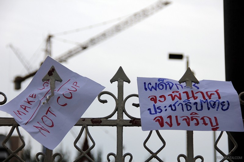 Thailand coup protest signs. Photo by Prachatai via Flickr (CC BY-NC-ND 2.0)