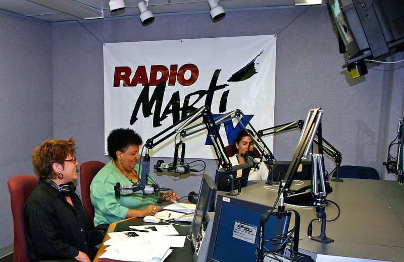 Radio Marti broadcast studio, Miami, United States. Photo by Voice of America, licensed to public domain.