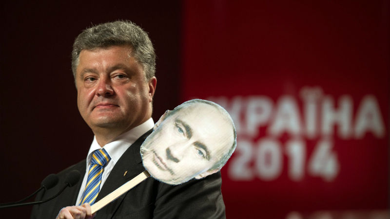 Images of Ukrainian president Petro Poroshenko and Vladimir Putin, remixed by Tetyana Lokot.
