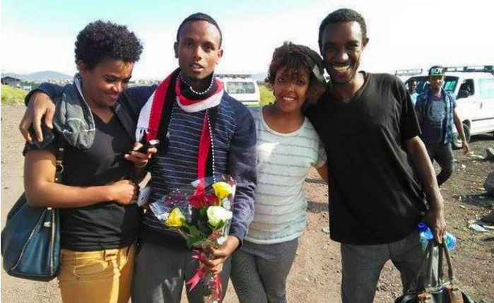 Zone9 bloggers and friend greet Befeqadu Hailu upon his release from prison on October 21, 2015. Photo via  @miniliksalsawi
