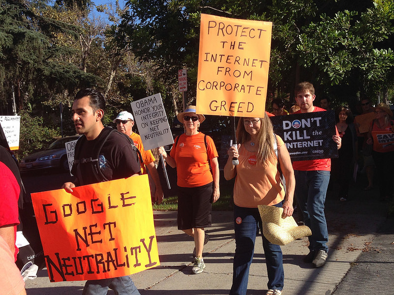 Pro-net neutrality rally in Los Angeles, US. Photo by Free Press via Flickr (CC BY-SA 3.0)