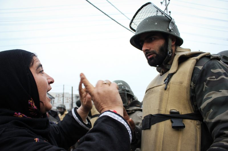 Netizen Report: The shutdown in Kashmir continues